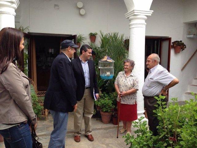 Federico Moccia durante su visita a Vejer
