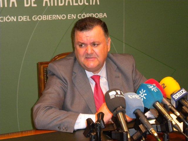 El delegado de Agricultura, Pesca y Medio Ambiente, Francisco Zurera