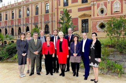 La Junta presenta sus políticas de turismo e igualdad de género a una delegación de parlamentarios regionales alemanes
