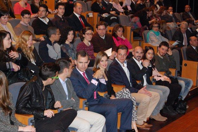 Los Príncipes de Asturias y Girona en el concierto Jóvenes con voz propia