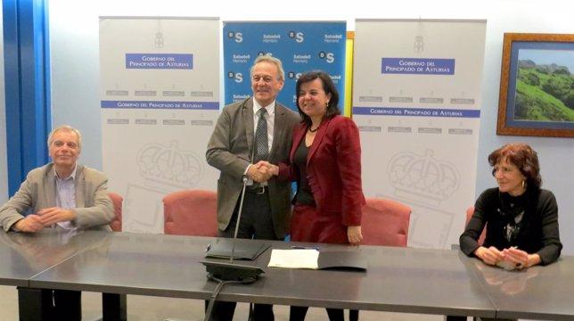 Firma de convenio entre FOA y SabadellHerrero