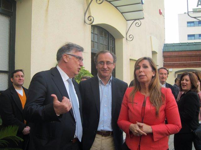 Toni Bosch, Alfonso Alonso y Alicia Sánchez-Camacho en Badalona