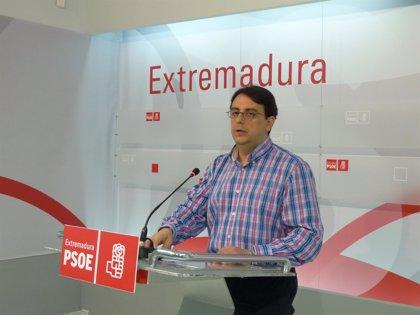"""PSOE: el """"tsunami tecnológico"""" de Monago consiste en trasladar equipos entre hospitales"""