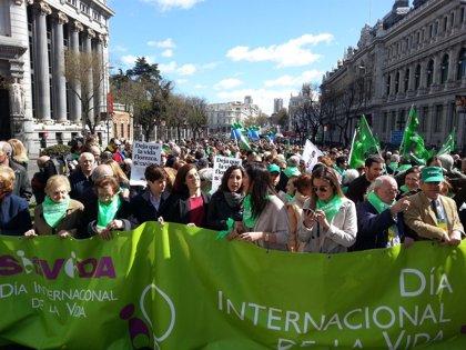 Arranca la Marcha por la Vida en la Plaza de Cibeles
