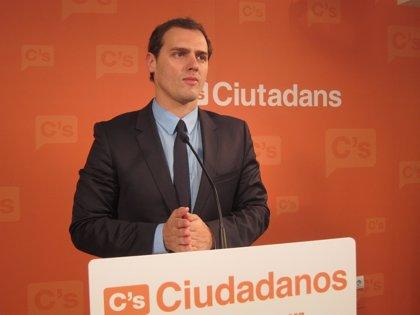 """Rivera (C's) destaca que """"miró más por su país que por su partido"""""""