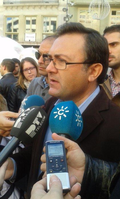 """Heredia lamenta el fallecimiento de """"una figura clave para nuestra democracia"""""""