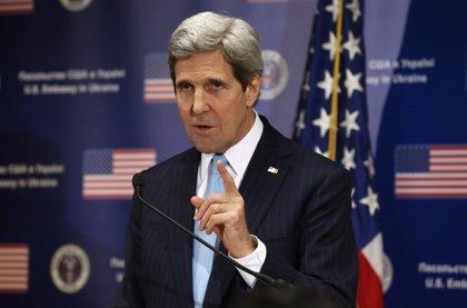 Kerry confía en que la crisis de Crimea no afecte a la destrucción de armas sirias