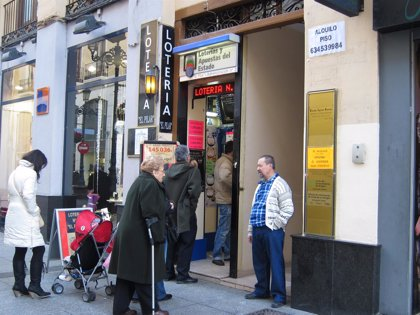 Dos boletos sellados en la capital, premiados con 93.062 euros cada uno en el Gordo de la Primitiva