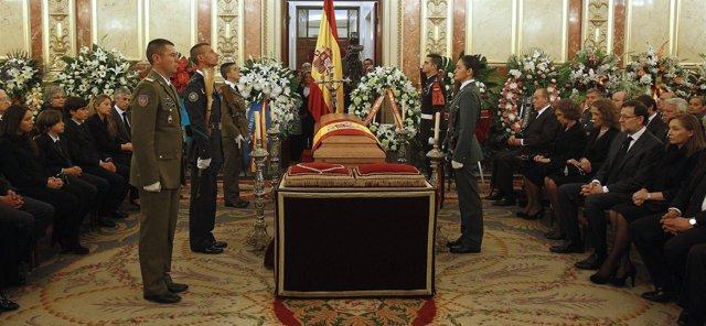 Féretro de Adolfo Suárez en el Congreso