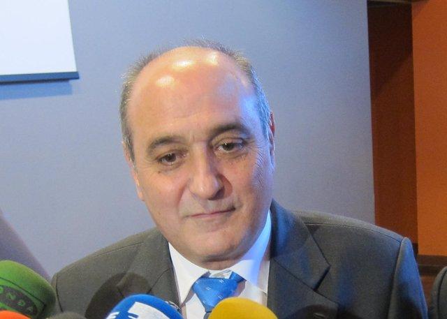 El presidente de la CREA, Fernando Callizo