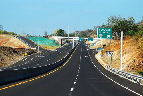 Autopista de Costa Rica construida por FCC