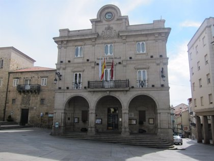 """El Ayuntamiento de Ourense abonará a sus empleados """"en la próxima nómina"""" la parte correspondiente de la extra de 2012"""