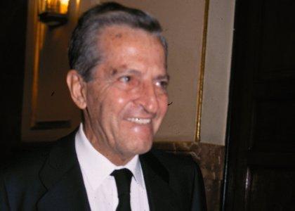 Ayuntamientos de San Bartolomé y Valverde proponen nombrar dos plazas con el nombre del expresidente