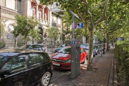 El Justicia aplaude las mejoras del nuevo reglamento de estacionamiento de Zaragoza