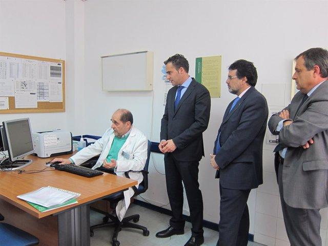 El delegado de Salud conoce el funcionamiento de la receta electrónica