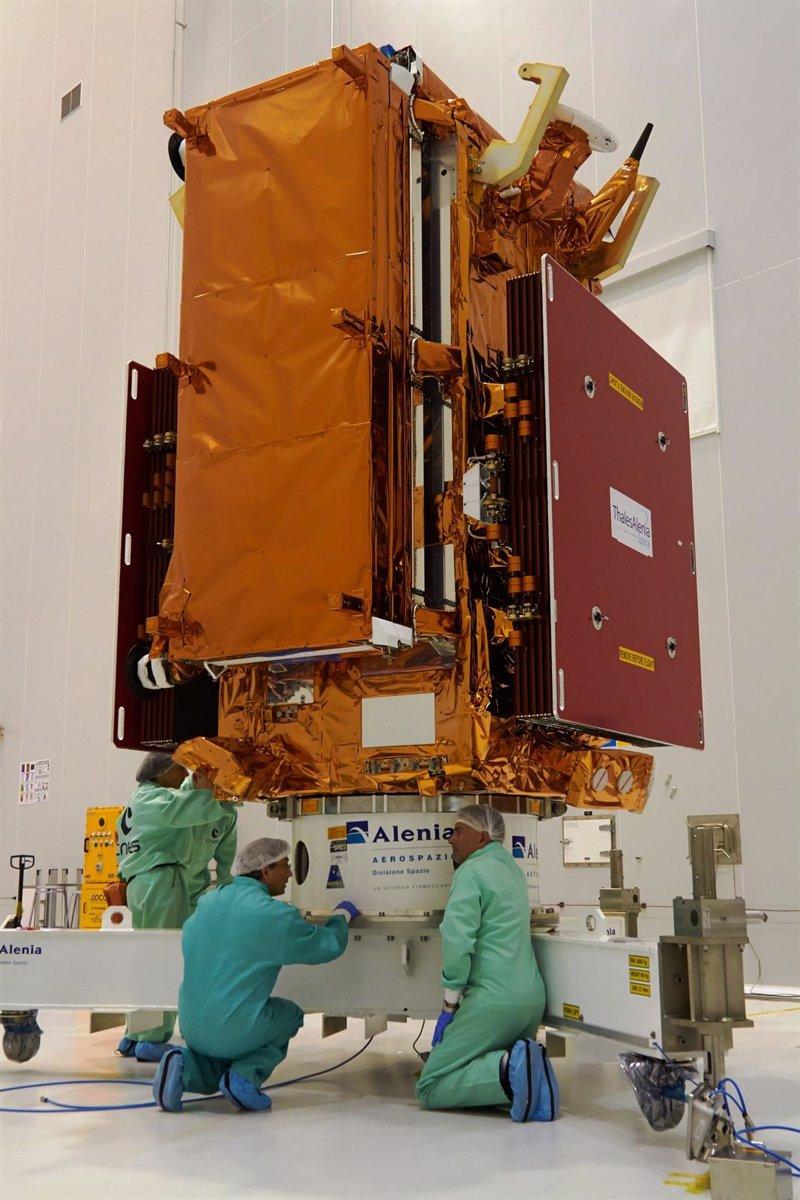 El observatorio meteorológico espacial Sentinel-1A, listo para despegue