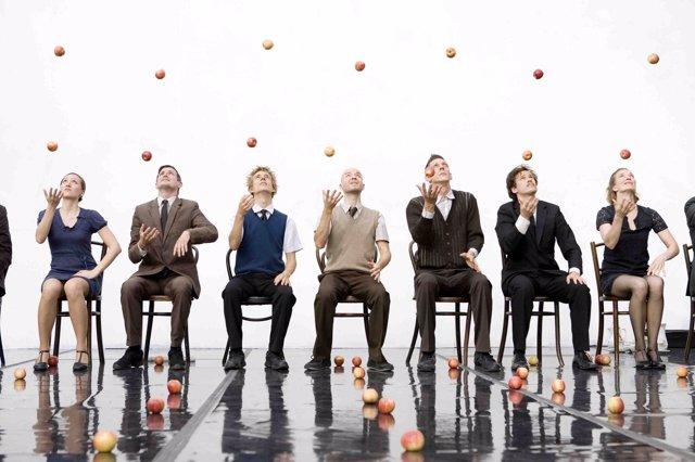 Actuación de la compañía Gandini Juggling