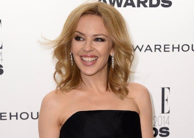 "Kylie Minogue sigue pensando en Andrés Velencoso: ""Todavia le adoro"""