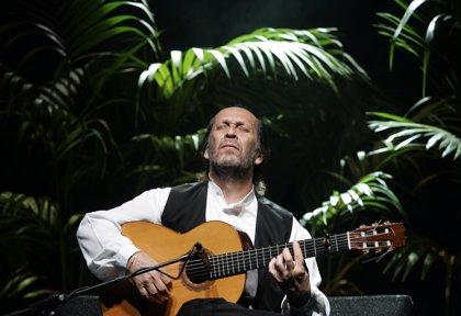 México rinde tributo a Paco de Lucía