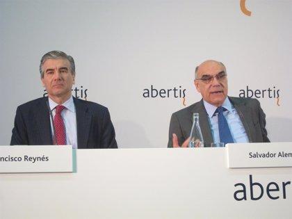 Abertis celebra su primera junta tras consolidar Hispasat