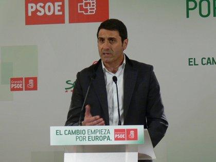 """PSOE-A: Moreno """"no le llega al tobillo"""" a Díaz en transparencia"""