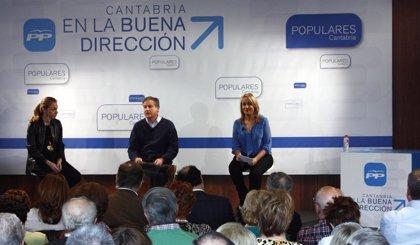 """Arasti (PP) acusa al PNV de """"ir contra Cantabria"""" y al Gobierno vasco de """"intentar frenar"""" su política industrial"""
