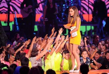 One Direction, Jennifer Lawrence y Ariana Grande, triunfadores de los Kids Choice Awards