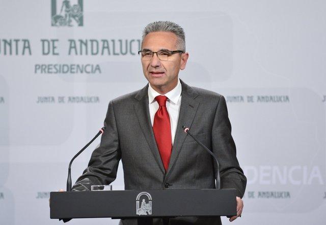 Miguel Ángel Vázquez en rueda de prensa