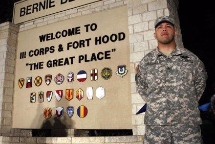 Cuatro muertos por un tiroteo en la base militar de Fort Hood (Texas)