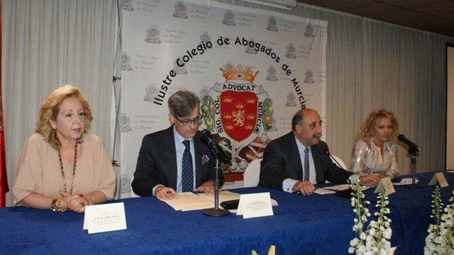 Helena Rivera, Juan Martínez Moya, Martínez-Escribano y López-Muelas