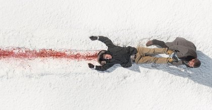 Martin Freeman y Billy Bod Thornton entre la nieve en los siete primeros minutos de Fargo
