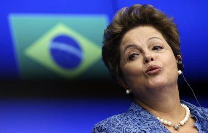 Rousseff cae seis puntos de cara a las presidenciales