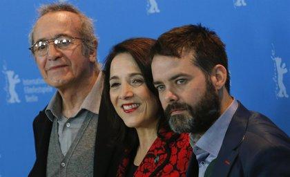'Gloria', triunfa en la primera edición de los Premios Platino