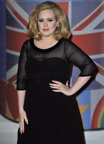 Adele ya trabaja en su próximo disco