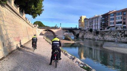 La patrulla ecológica de la Policía Local de Murcia realiza 3.674 servicios en bicicleta en 2013