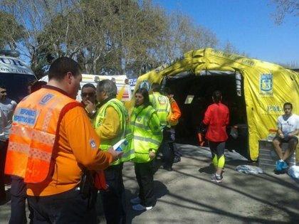 Samur atiende a 46 corredores de la Media Maratón, uno de ellos en estado grave