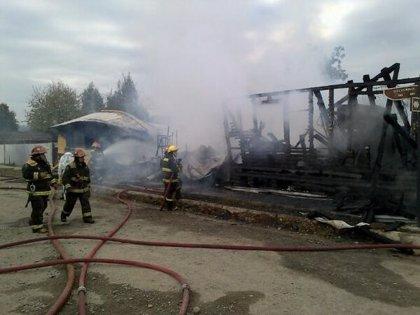 Diez muertos por un incendio en una residencia