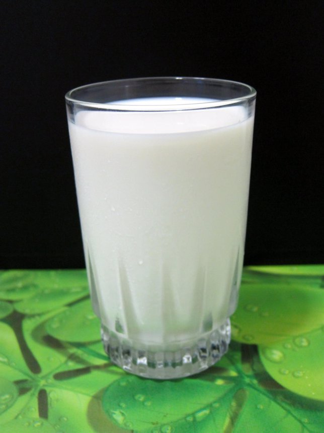 Vaso De Leche, Calcio, Lácteos