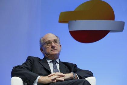 La CNMC condiciona la compra de Petrocat por Repsol a la venta de 23 gasolineras