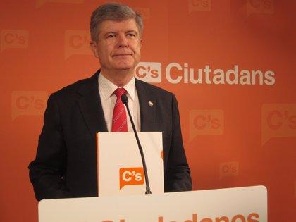 """C's alerta de que el """"populismo"""" de Mas derive en totalitarismo tras el 'no' del Congreso"""
