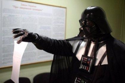 La Comisión Electoral ucraniana rechaza la candidatura de Darth Vader