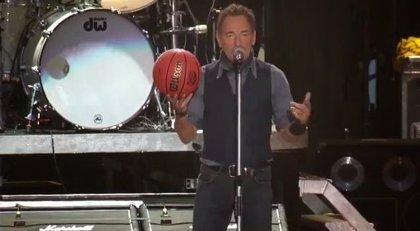 Springsteen versiona (regular) a Van Halen