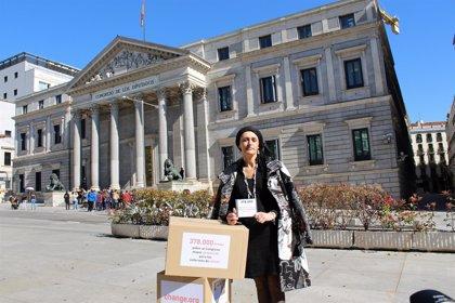 378.000 firmas para mejorar la protección laboral de enfermos de cáncer