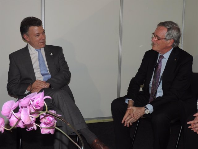 El presidente de Colombia, Juan Manuel Santos, y el alcalde Xavier Trias