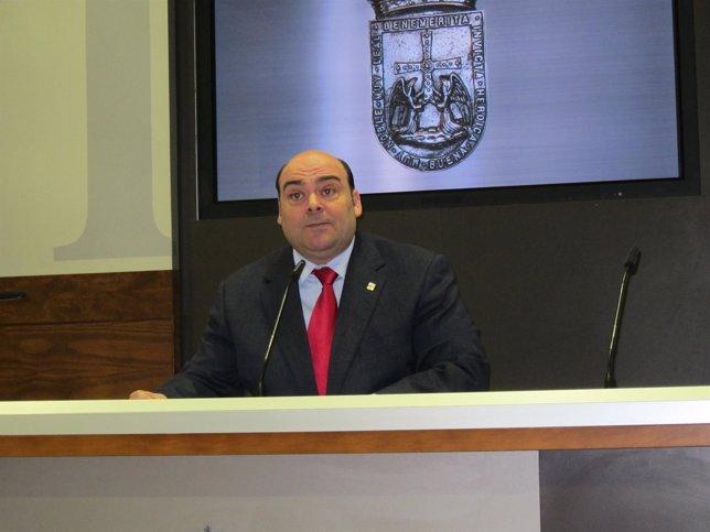 El alcalde de Oviedo, Agustín Iglesias Caunedo