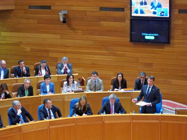El presidente de la Xunta en el pleno