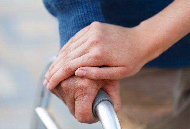 Cuando la mejor terapia es el cariño, cuidador, dependencia, mayor, cuidado