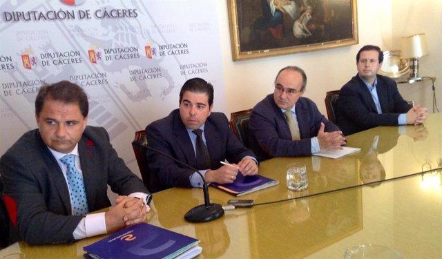 Operación de Tesorería entre diputación de Cáceres y Caja Almendralejo