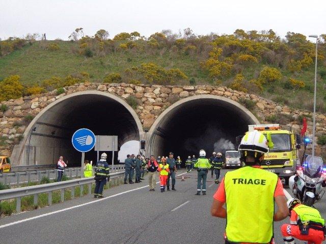 Simulacro en el túnel de Los Barrios