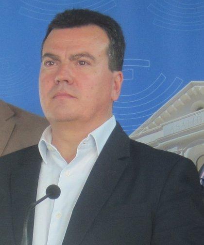 """Cantero (PP) dice que Luciano Fernández critica decisiones que Educación toma """"muy bien"""" sólo para """"ponerse medallas"""""""